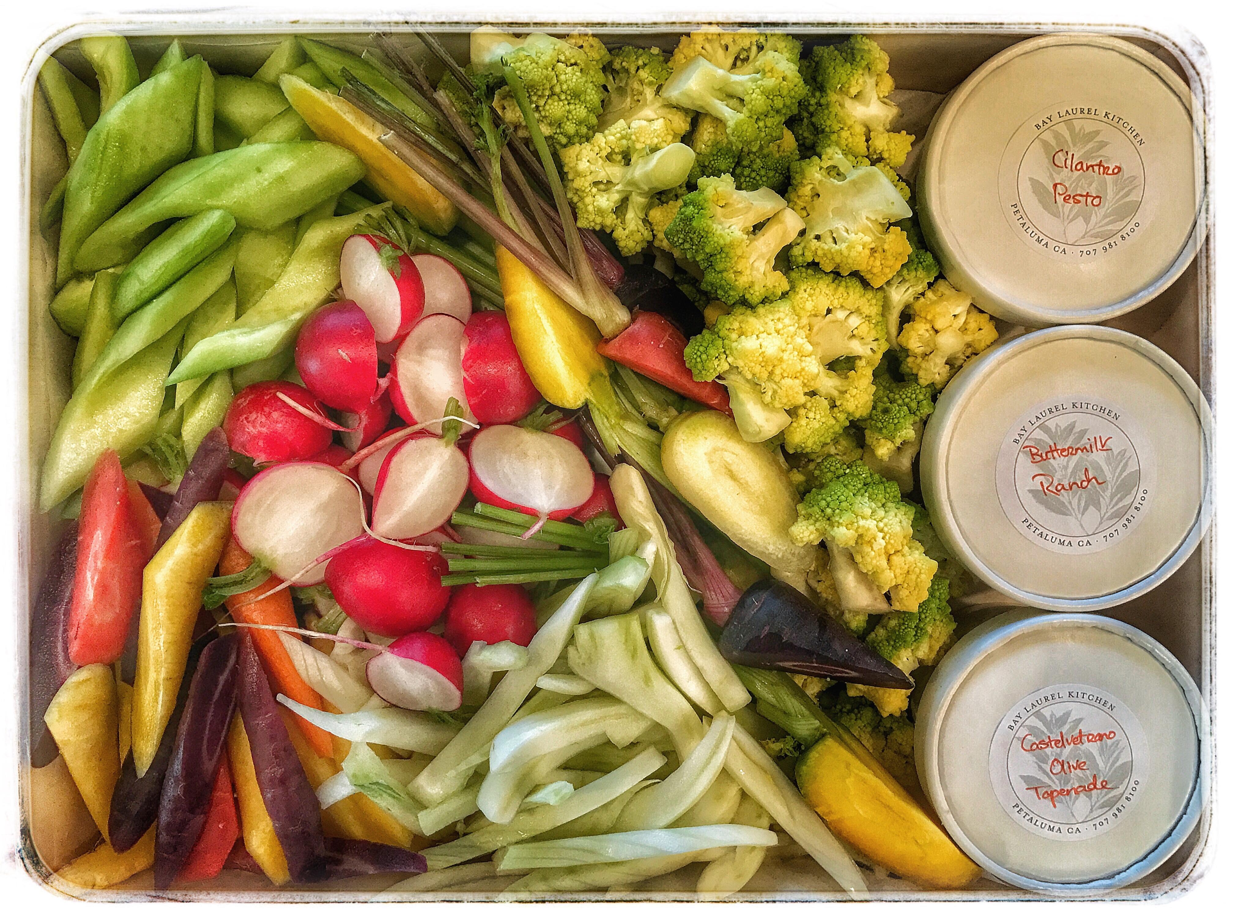 Farmers' Market Vegetables & Dips